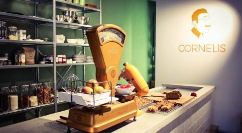 Cornelis-web2